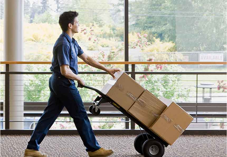 Delivery person - Reduce shipping costs for freight, LTL and small parcel